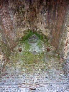 08-Intérieur de la tour cl. G. Dubois