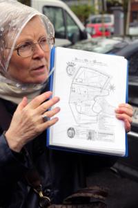01-Hélène Leclert retrace l'histoire de Romorantin (Cliché Jean-Marc Delecluse)