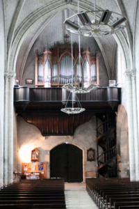 16- À l'intérieur de l'église (Cliché Jean-Marc Delecluse)