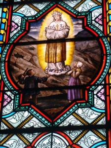 17-  Vitrail L. Lobin 1874, église Saint Étienne (Cliché Alexandra Mignot)