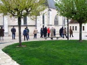 20- Parvis église Saint Étienne (Cliché Alexandra Mignot)