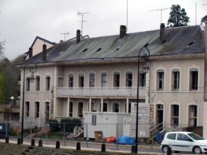 23- Ancien établissement thermal en cours de restauration, Quai Saint Étienne (Cliché Alexandra Mignot)